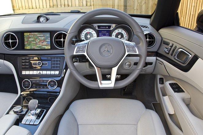 Mercedes SL interior