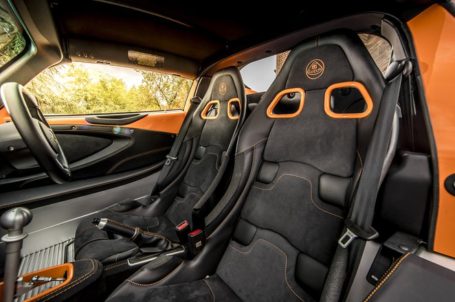 Lotus Elise 2020 seats
