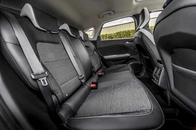 Renault Captur 2020 rear seats