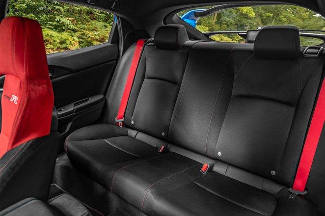 Honda Civic Type R 2020 rear seats