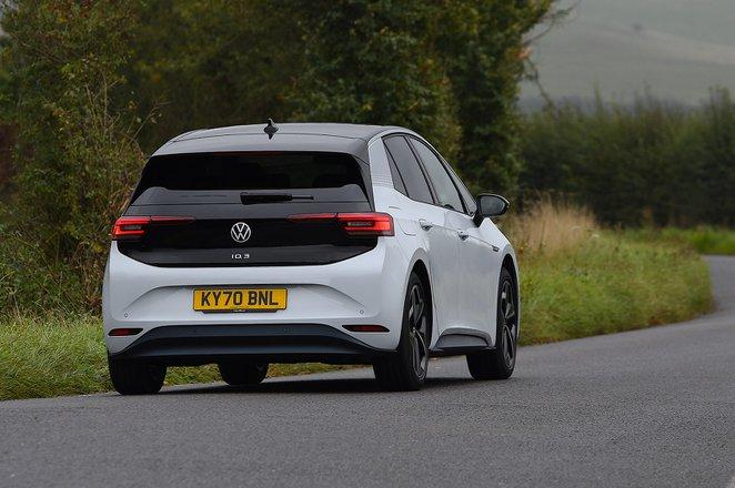 Volkswagen ID.3 2021 rear tracking