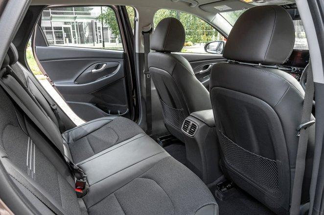 Hyundai i30 hatchback 2020 rear seats