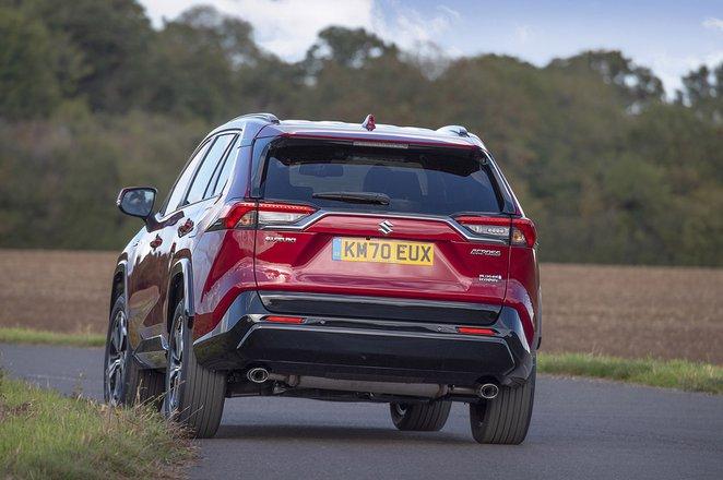 Suzuki Across PHEV 2020 rear tracking