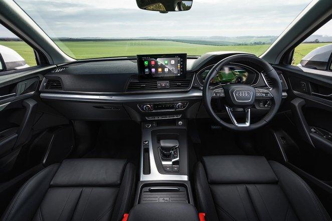 Audi Q5 2021 Dashboard