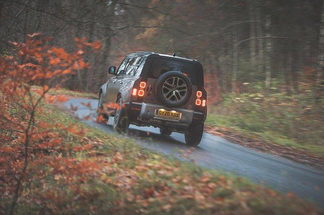 Land Rover Defender 2021 Rear cornering