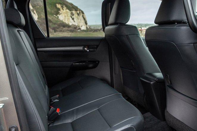 Toyota Hilux 2021 Rear seats