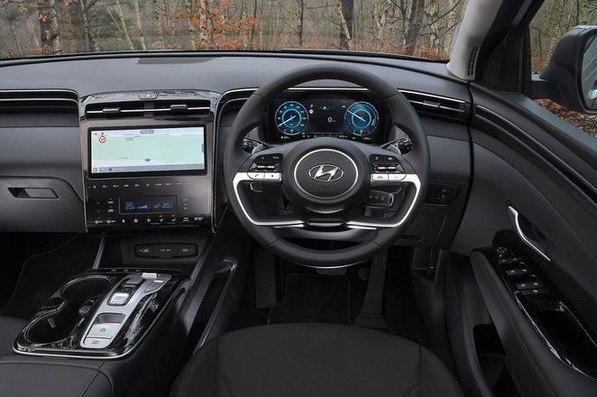 Hyundai Tucson 2021 RHD dashboard