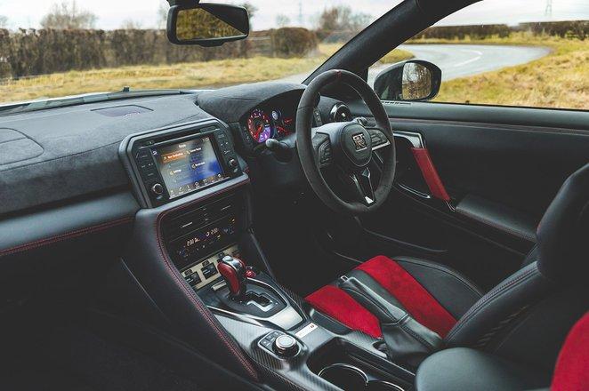 Nissan GT-R 2021 dashboard