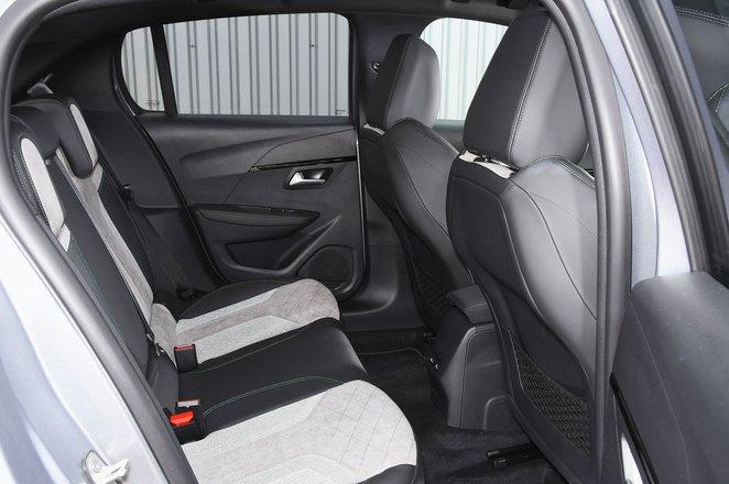 Peugeot e-208 rear seats