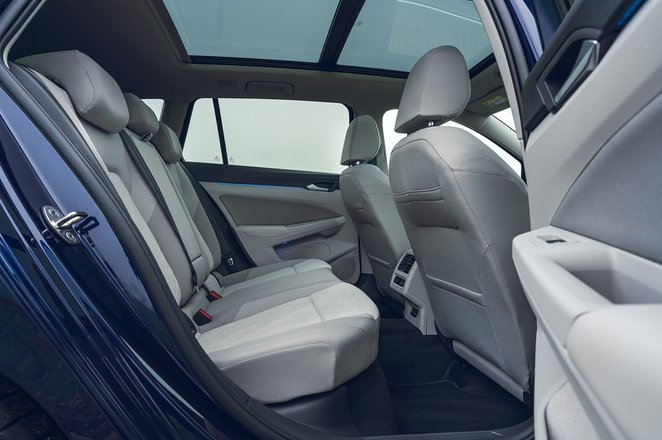 Volkswagen Golf Estate 2021 rear seats