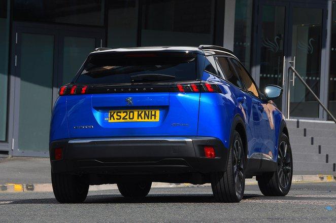 Peugeot e-2008 2021 rear tracking