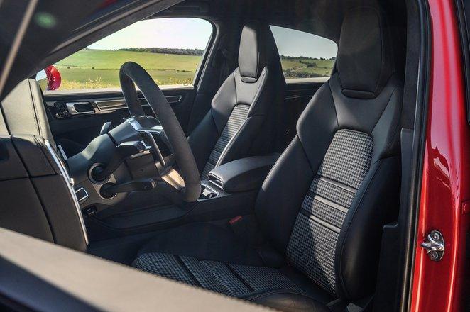 Porsche Cayenne Coupe GTS front seats