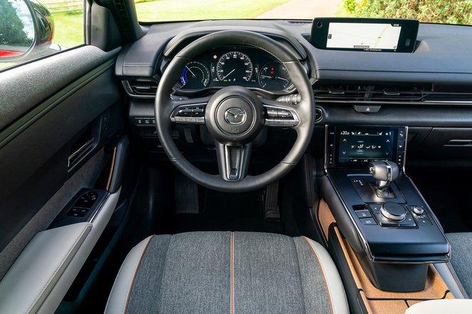 Mazda MX-30 2021 dashboard