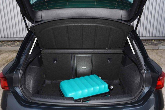 Seat Leon 2021 boot
