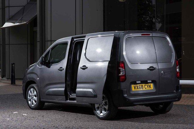 Vauxhall Combo Cargo 4x4 side opening