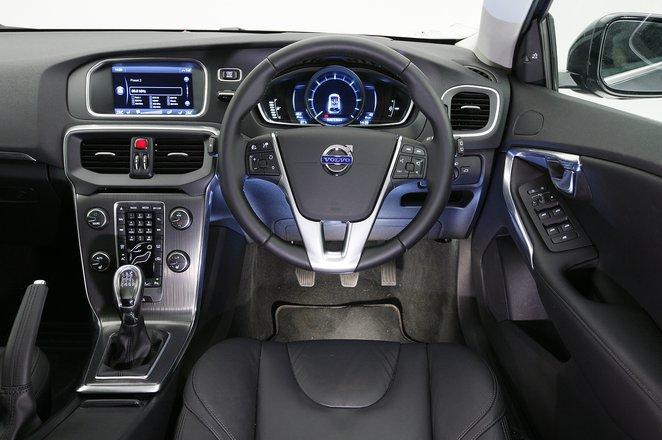 Volvo V40 2012-2019 dash