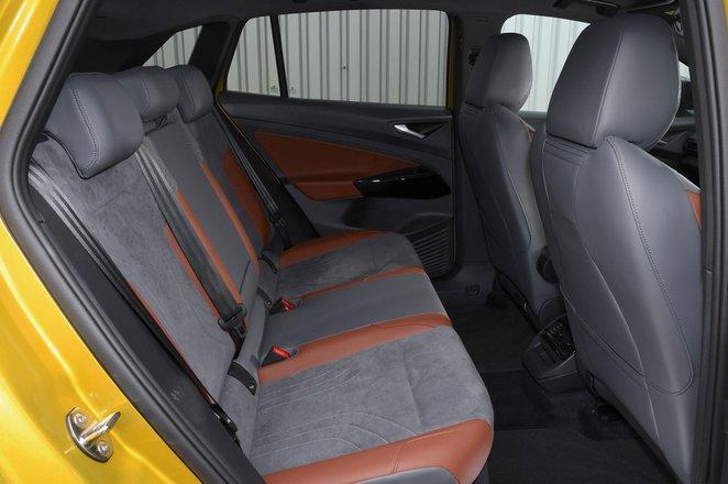 Volkswagen ID.4 2021 rear seats