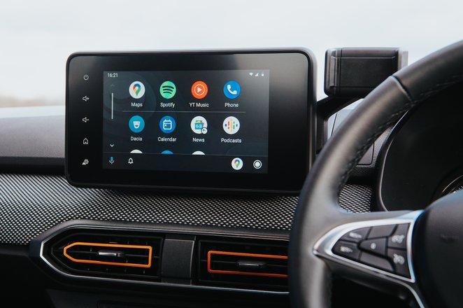 Dacia Sandero Stepway 2021 infotainment