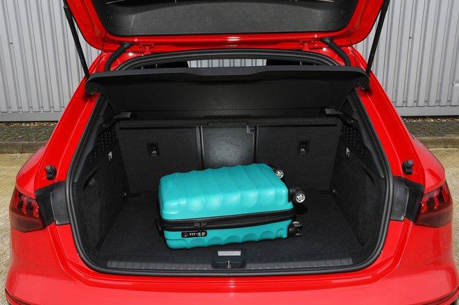 Audi A3 40 TFSIe 2021 boot