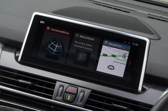 BMW 2 Series Active Tourer 2021 interior infotainment