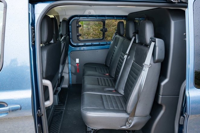 Ford Transit Custom Trail 2021 interior rear seats