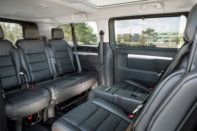 Toyota Proace Verso 2021 interior rear seats