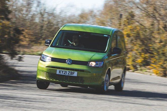 Volkswagen Caddy 2021 front cornering