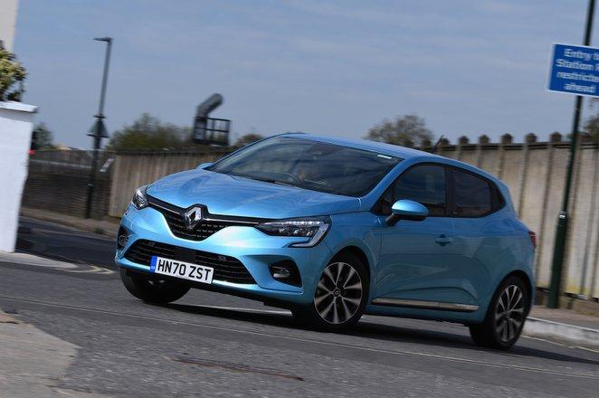 Renault Clio 2021 front left cornering