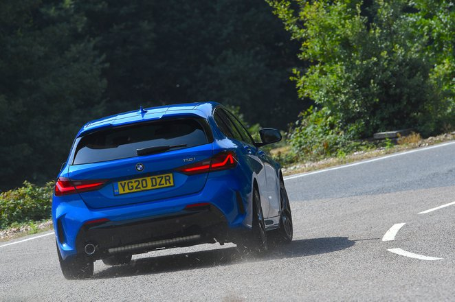 BMW 1 Series 2021 rear cornering