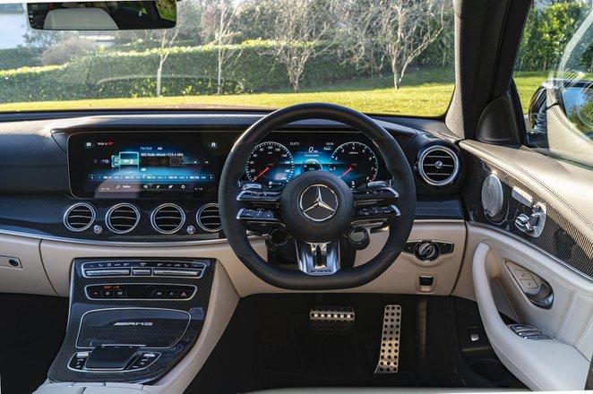 Mercedes-AMG E63 S Estate 2021 interior dashboard