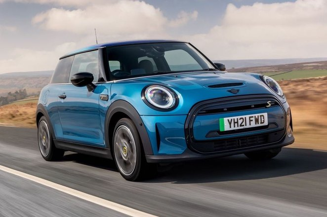 Mini Electric 2021 front right tracking