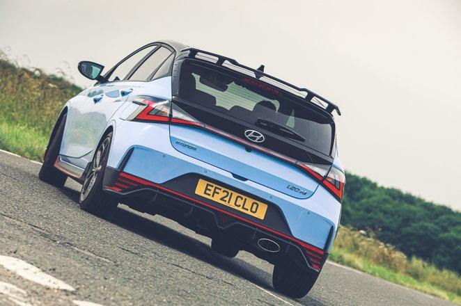 Hyundai i20N 2021 rear cornering