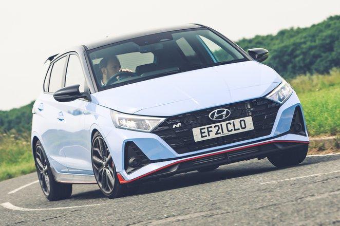 Hyundai i20N 2021 front cornering