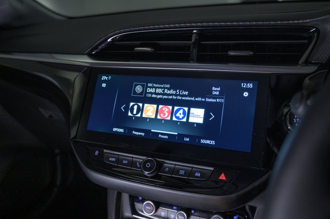 2021 Vauxhall Corsa RHD infotainment