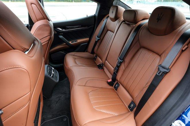 Maserati Ghibli Hybrid 2021 interior rear seats