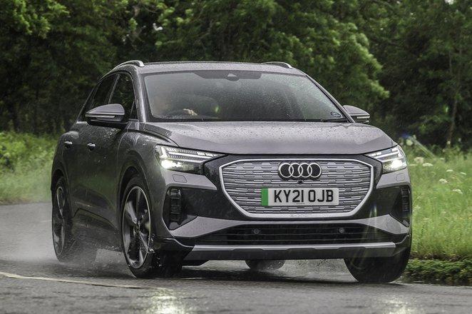 Audi Q4 e-tron 2021 front right tracking
