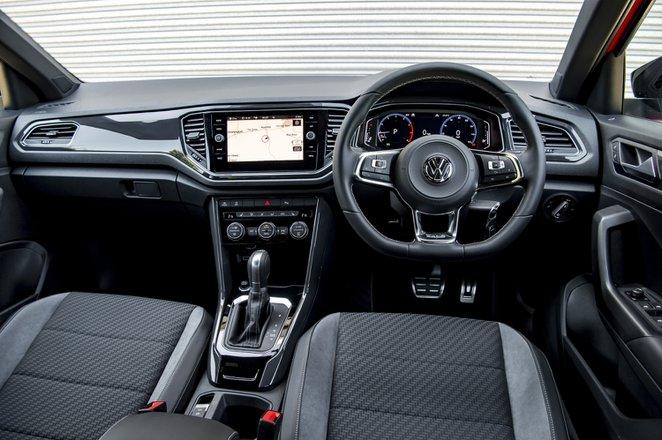 Volkswagen T-Roc 2021 interior dashboard