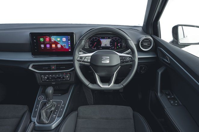 Seat Arona 2021 interior dashboard