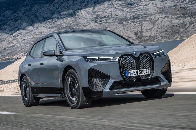 BMW iX 2021 front