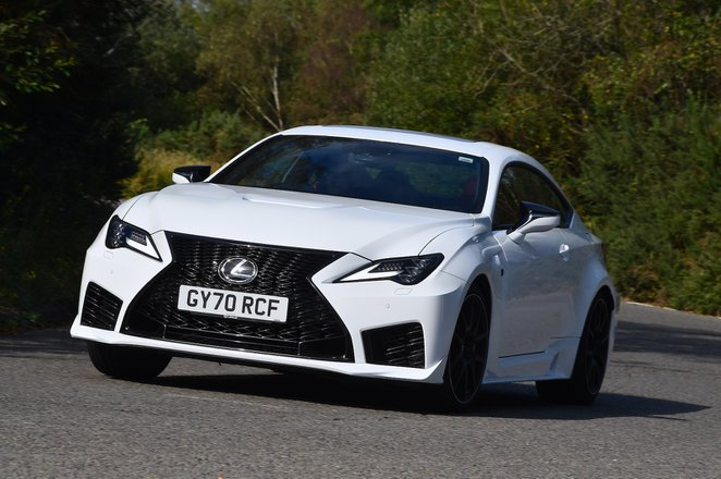 Lexus RC F 2021 front left tracking