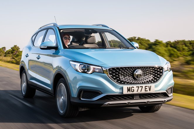 MG ZS EV 2021 front right tracking