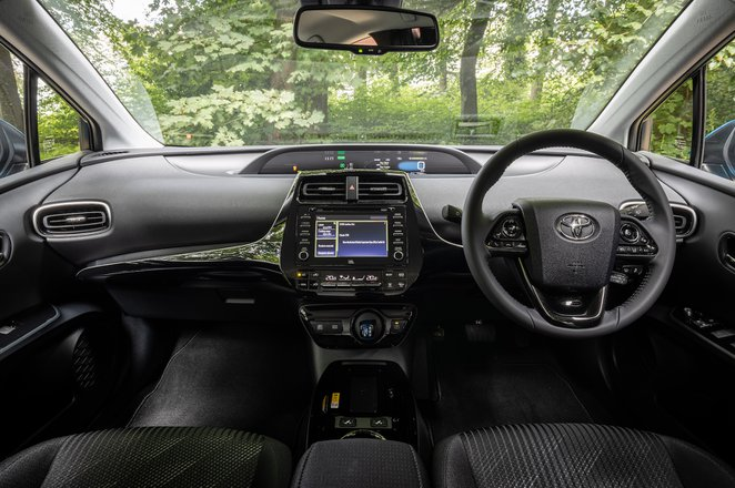 Toyota Prius 2021 interior dashboard