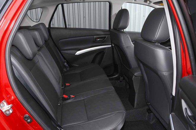 Suzuki SX4 S-Cross 2019 RHD rear seats