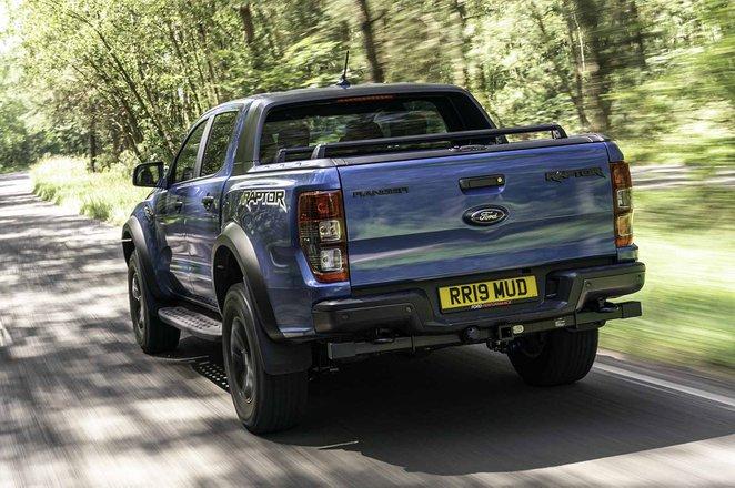 Ford Ranger Raptor 2019 RHD rear tracking
