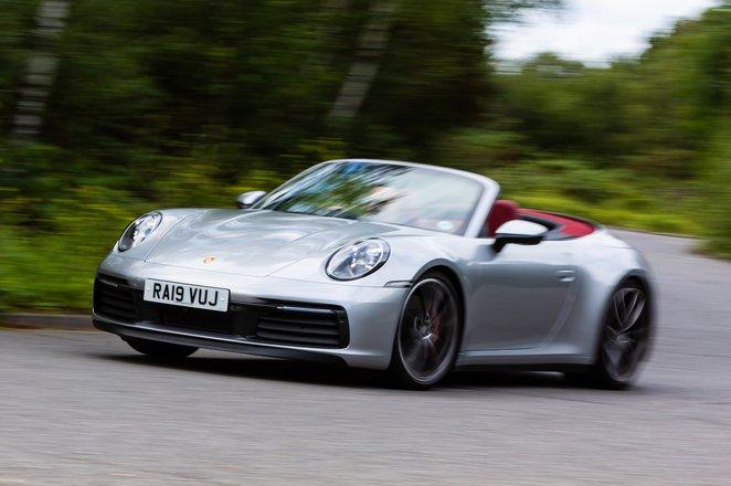 Porsche 911 2019 UK front left tracking