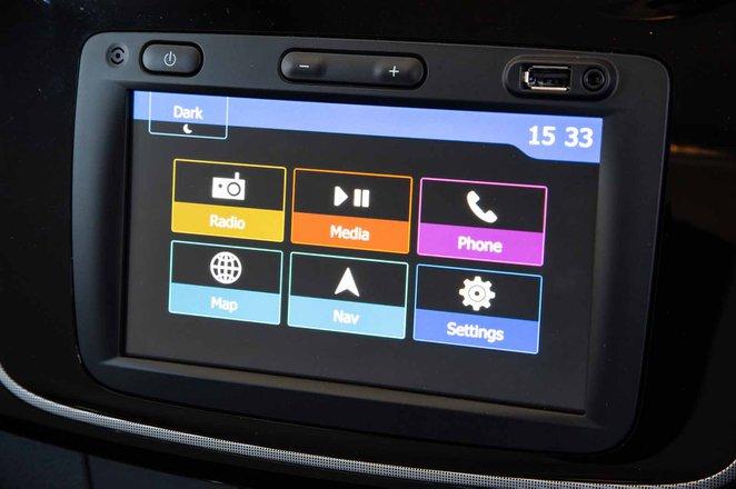 Dacia Logan MCV Estate 2019 infotainment