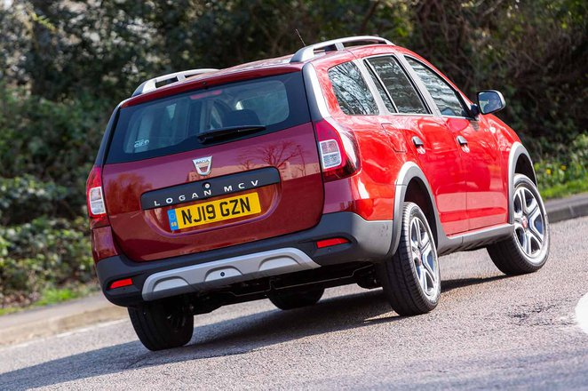 Dacia Logan MCV Estate 2019 rear right cornering shot