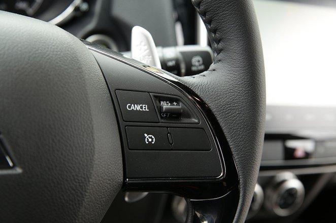 Mitsubishi ASX 2019 LHD dashboard closeup