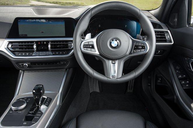 BMW 3 Series Touring 2019 RHD dashboard