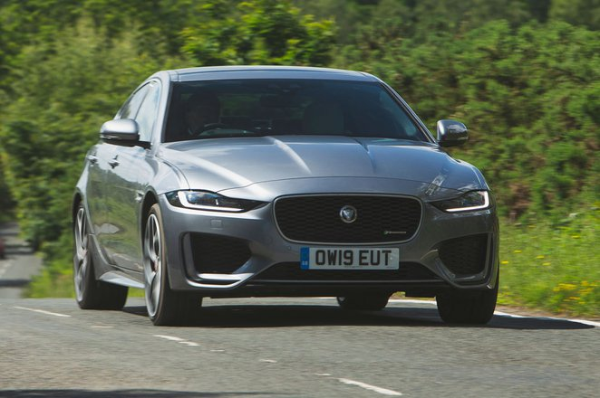 Jaguar XE 2019 front head-on shot